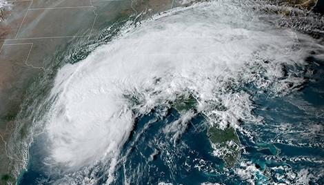Hurricane Delta soaks Lake Charles but overall damage localised