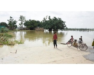 Bangladesh: One third of the country hit by floods