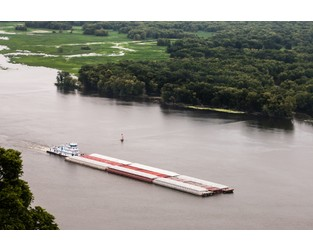 Mississippi River Barge Shipping Resumes After Floods – gCaptain