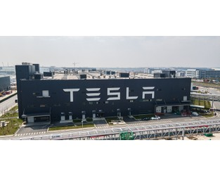 Tesla works with suppliers to source alternative chips amid semiconductor shortage - Supply Chain Dive
