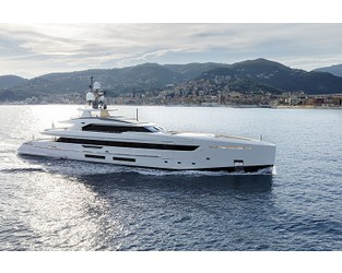 50m hybrid superyacht Bintador delivered ahead of Monaco debut - Superyacht Times