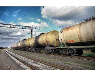 Railroads Resist Oil Companies' Demands for Storage in Rail Cars Citing Safety Concerns