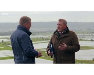 """UK flood repair grants """"should be simplified"""""""