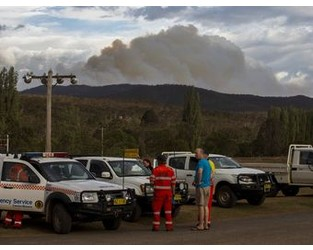 Australia Bushfires May Create Nation's First Climate Refugees - Bloomberg