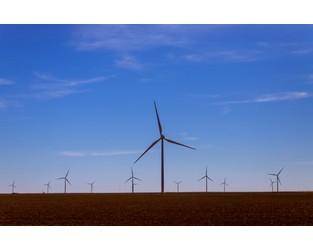 $240m wind farm to be built on Queensland's Banana Range - GCR