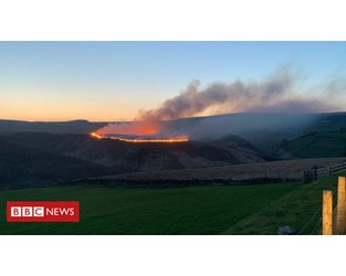 Huge moorland blaze 'started by barbecue' - BBC