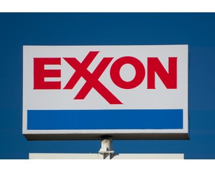 New York Accuses Exxon Mobil of Deceiving Investors on Climate Costs