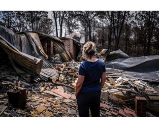 Bushfire-Ravaged Australians Face Choice in Era of Climate Change: Rebuild or Leave?