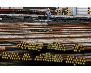 U.S.-China trade spat causing some slowdown in Japan steel demand - Japan steel lobby - Reuters