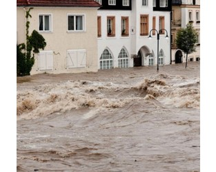 European Flood and Climate Change: Examining the Potential Impact on Insured Losses