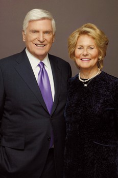 $480M Gift From Insurance Leader Ryan, Wife Is Northwestern University's Largest Ever