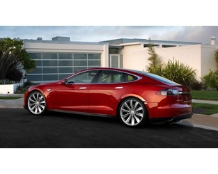 National Safety Agency Opens Probe Into Touchscreens on Tesla Model S Cars