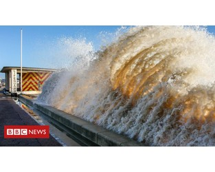 Town floods 'could have been prevented' - report - BBC
