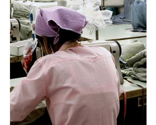How can businesses mitigate the risk of modern slavery in their supply chains? - People Management
