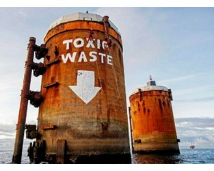 Greenpeace quits Brent protest with 'toxic waste' message - Upstream