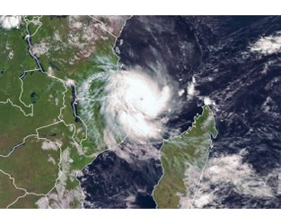 Cyclone Kenneth Strengthens as It Bears Down on Mozambique - Bloomberg