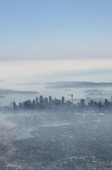 Sydneysiders urged to stay indoors as Australian bushfire smoke blankets city - Reuters