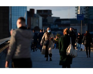 Half of UK financial services staff want shift to flexible working - CityAM