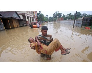 In photos: Assam, Bihar, and Mumbai reel under the fury of the great Indian monsoon - Quartz