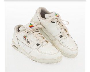 Vintage Apple Sneakers (!) and KAWS Editions (!!) Star in Heritage Urban Art Auction - Art Market Monitor