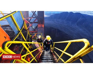 China mine rescue: Crews race to free trapped workers in Xinjiang - BBC