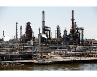 Philadelphia Fire Highlights Dangers of Old Infrastructure at U.S. Refineries