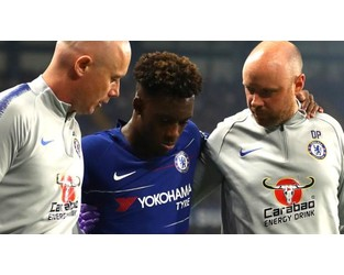 Callum Hudson-Odoi: Ruptured Achilles sidelines Chelsea winger - BBC News
