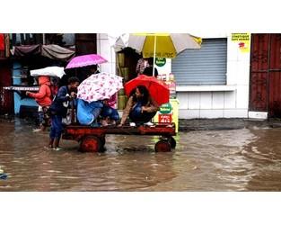 Video: Madagascar floods: Fears of hunger and malnourishment - Al Jazeera