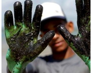Was sanctions-busting tanker responsible for huge Brazilian spill? - TradeWinds