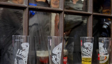 The City of London Finally Tackles Its Drink Problem - Bloomberg