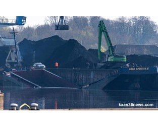Coal barge broke in two, sank at Dillingen port, Germany - FleetMon