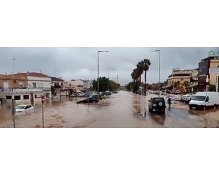 Homes flooded, cars swept away after severe flash floods hit Huelva, Spain - The Watchers