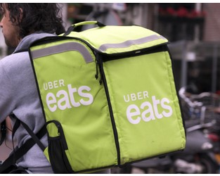 Spain Prepares Labor Laws that Could Force Food Delivery Apps to Employ Gig Workers