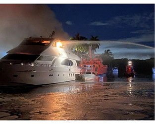 Video: Yacht fires in Fort Lauderdale damage Tigers Eye and Princeville - Superyacht Times
