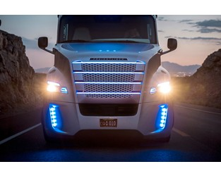 Which Will Come First: Driverless Trucks or Commercial Auto Profits?