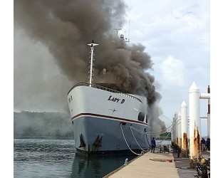 56m Lady D catches fire in Thailand - Superyacht Times