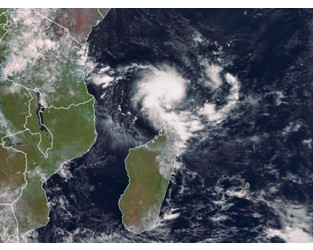Storm Brewing in Indian Ocean May Form New Cyclone and Strike Mozambique - Bloomberg