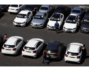 Car insurance premiums in Britain fall 6% in fourth-quarter - survey - Reuters