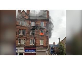 'Explosion' and fire at Edinburgh tenement block - BBC