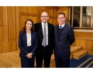 Richard Gordon wins The Insurance Institute of London Exam Prize