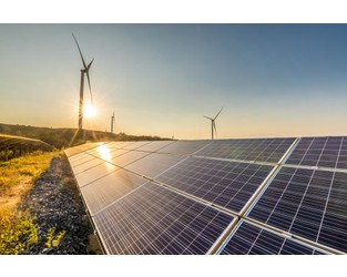 Lloyd's launches new report on the renewable energy sector