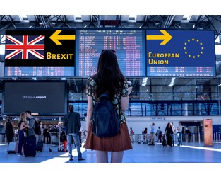 FCA issues fresh Brexit passporting warning