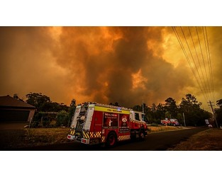 Video: Sydney to hit 40 degrees today as bushfire danger returns in NSW - Sky News Australia