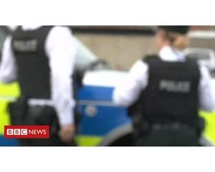 Police escape injury in bomb attack - BBC